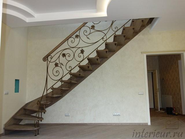 лестница в двухэтажной квартире